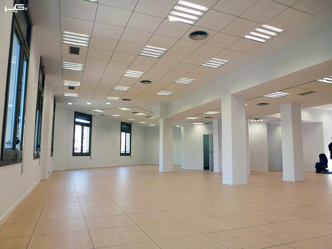 Rehabilitaci n edificio de oficinas barcelona h2g2 for Oficinas google barcelona