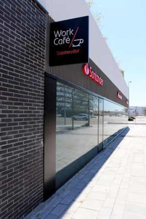 WORK CAFE BANCO SANTANDER VALDEBEBAS (MADRID)